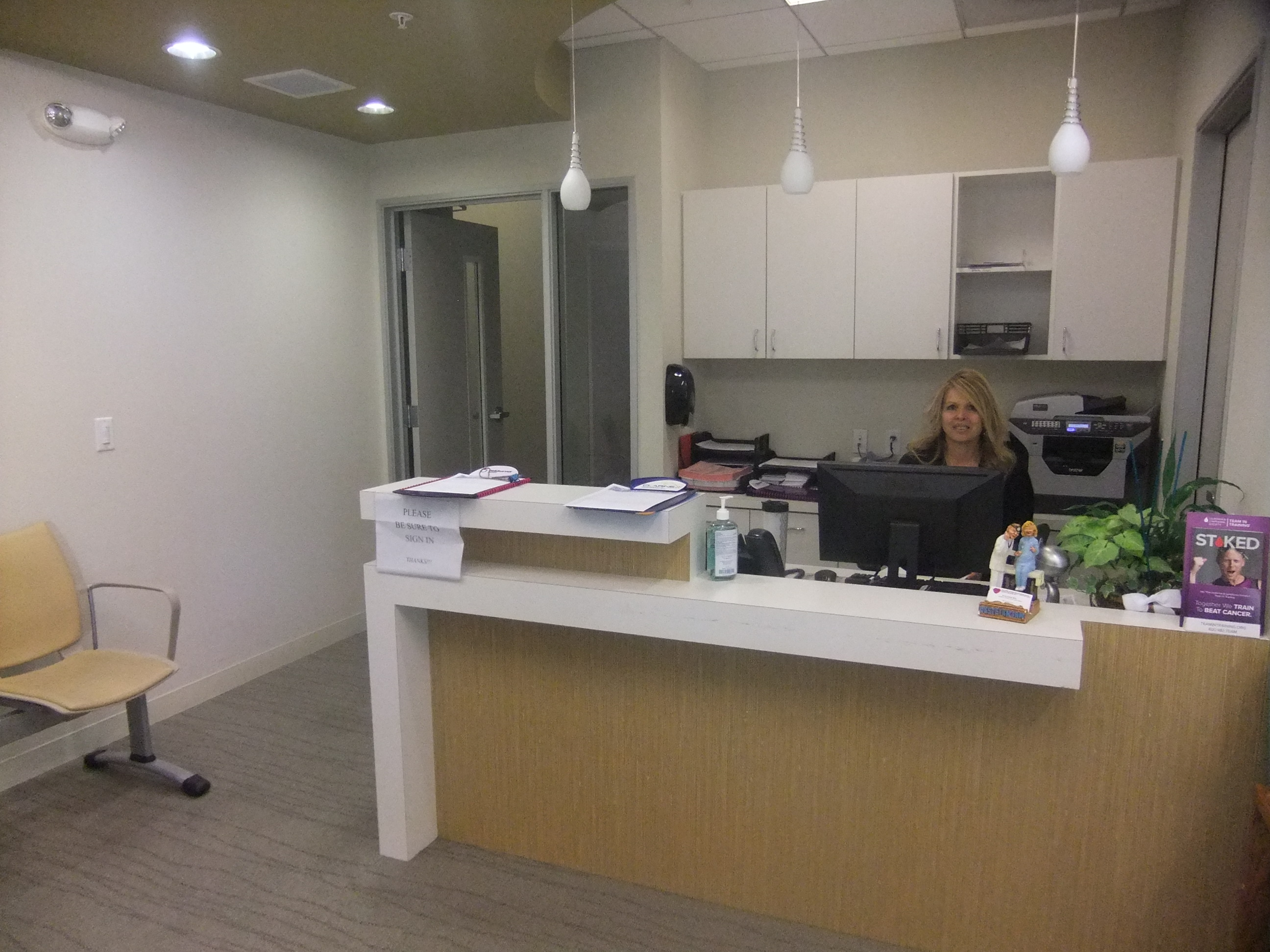 Gyn doctor aetna insurance for Modern office area